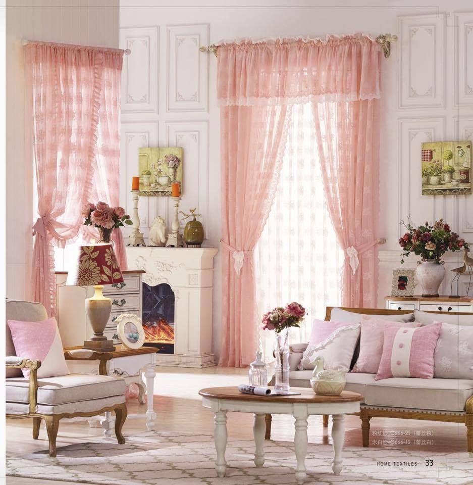 Khi mệt mỏi hãy về nhà và ngắm nhìn rèm cửa đẹp